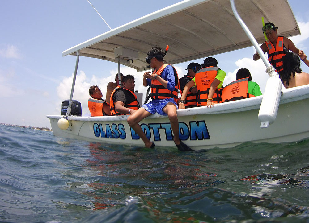 Snorkeling in Puerto Morelos with Om Delfin Dive shop